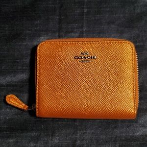 Coach - Small Zip Around Wallet - Metallic Orange